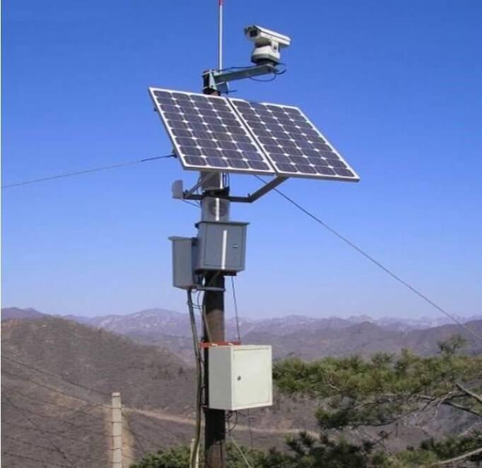 户外远距离高空瞭望监控摄像机使用太阳能供电
